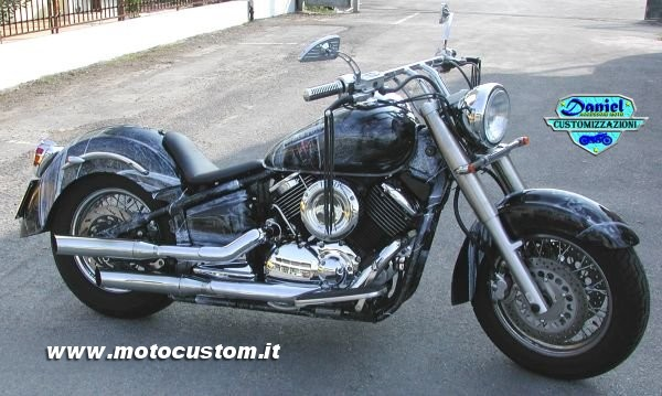 Yamaha Dragstar XVS1100 Black Knight